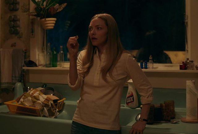 映画『闇はささやく』ネタバレあらすじ感想と結末の解説。原作を基にしたラストには同じ悲劇だけが繰り返される|Netflix映画おすすめ36